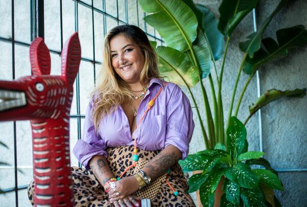Marissa Pimenta questiona padrões e mostra maternidade real nas redes sociais