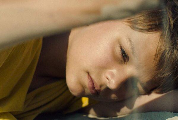 Cinema do Dragão exibe duas estreias virtuais e filmes em drive-in; confira programação
