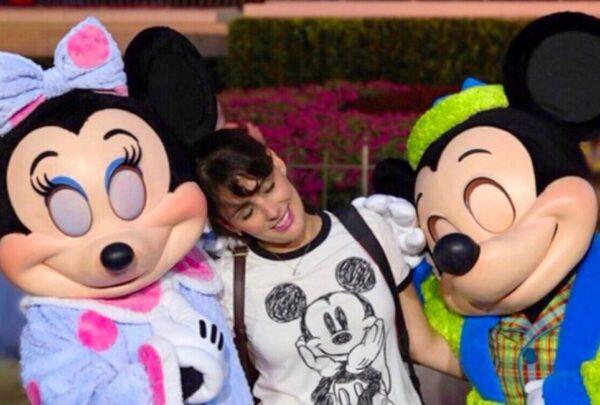 Cearense relata experiência de reabertura dos parques da Disney de Orlando