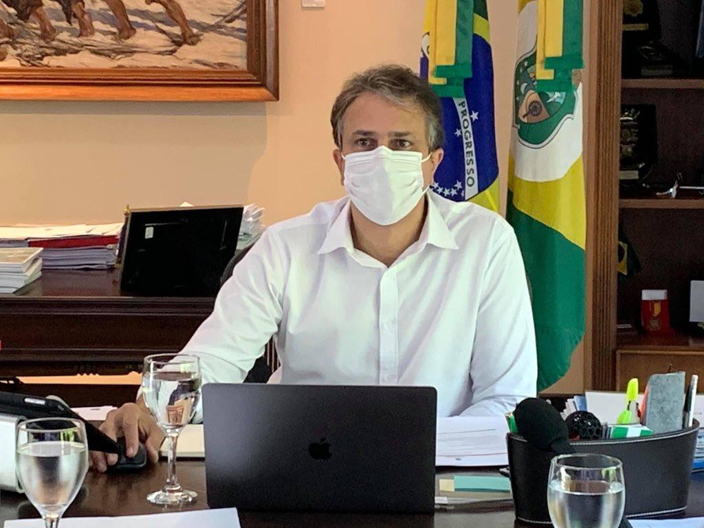 Ceará deve receber 1,7 milhão de doses da vacina no primeiro semestre de 2021, afirma Camilo Santana