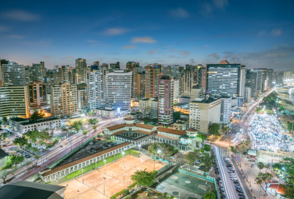 Fortaleza é o destino mais procurado por brasileiros em 2021, segundo pesquisa