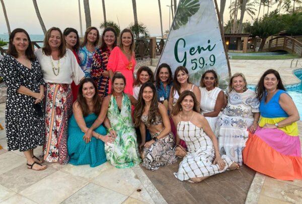 Geni Levy celebra 60 anos com luau e feijoada na Lagoinha