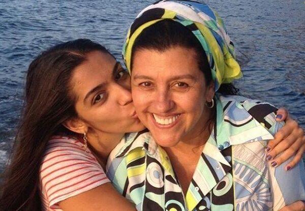 Regina Casé fala sobre acessibilidade e perda da audição da filha
