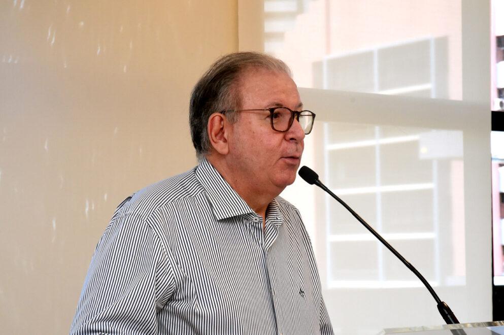 Ricardo Cavalcante ganha café da manhã de aniversário na Fiec