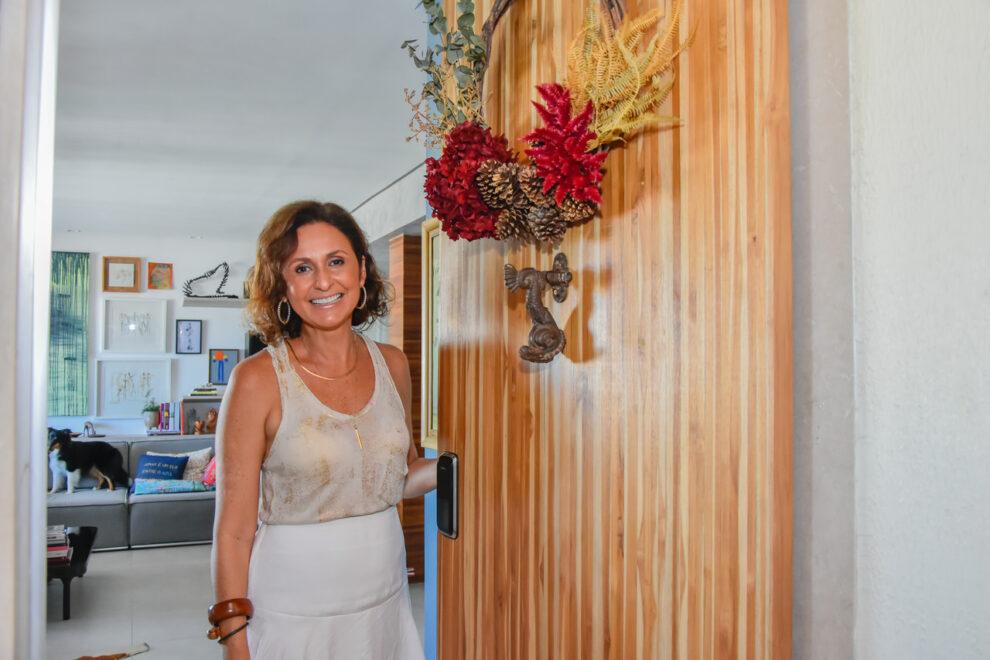 Décor de Natal: Ana Cristina Mendes usa árvore viva e ornamentos naturais