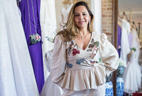 Imaculada Gordiano fala sobre o amor pela moda e a curadoria de vestidos para noivas