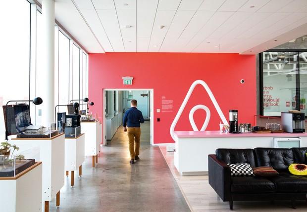 Airbnb planeja estrear na bolsa de valores no próximo mês