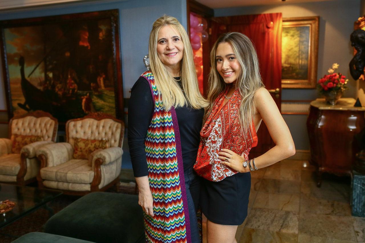 Morgana e Lissa Dias Branco trazem Blink Lab Shop para  Fortaleza
