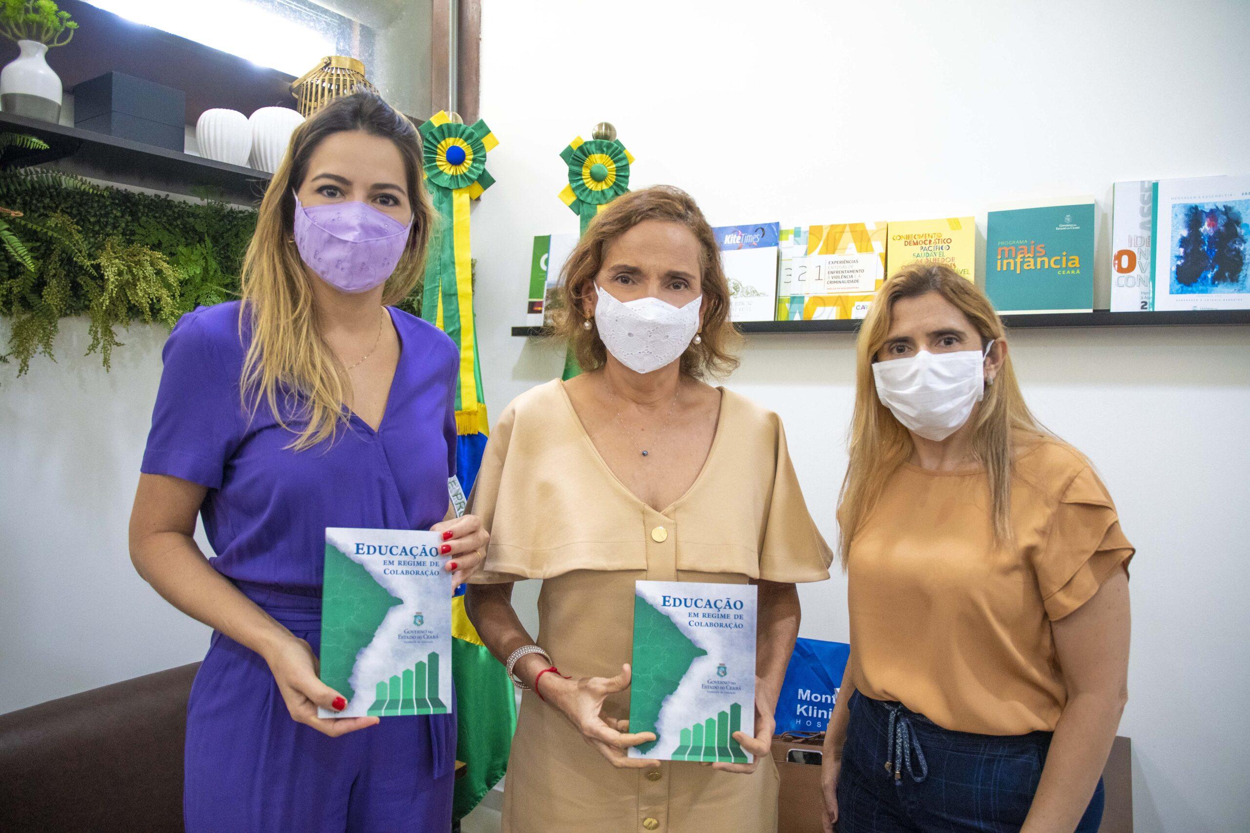 Educação pública é tema de livro lançado pelo Governo do Ceará