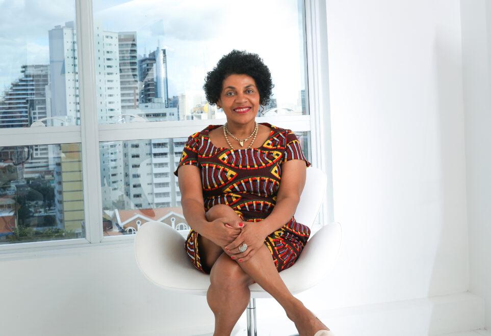 Zelma Madeira assume secretaria voltada para movimentos sociais no Ceará