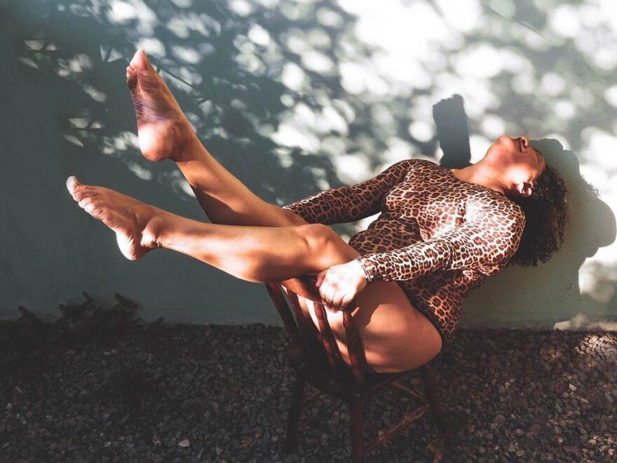 Body positive: 10 perfis que compartilham o amor ao corpo para seguir no Instagram