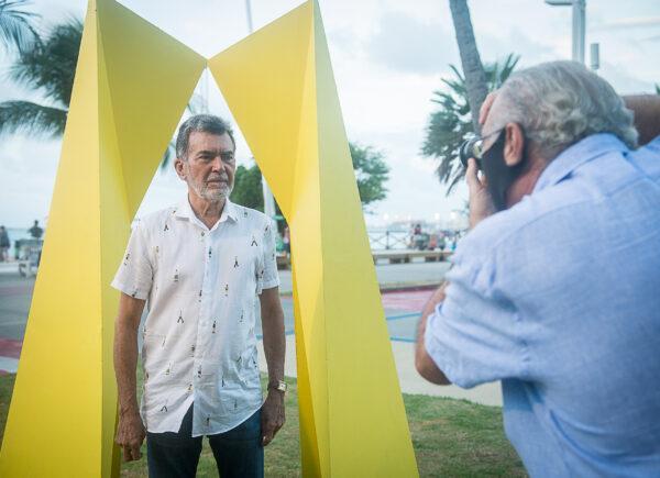 Exposição na Beira Mar traz esculturas sob curadoria de Luis Carlos Sabadia e Neuma Figueiredo