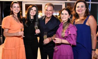 Jório da Escóssia comemora aniversário e inauguração da nova clínica ao lado dos amigos no BS Design