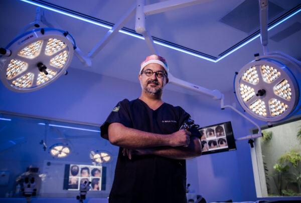 Márcio Crisóstomo inaugura centro cirúrgico de transplante capilar em Fortaleza