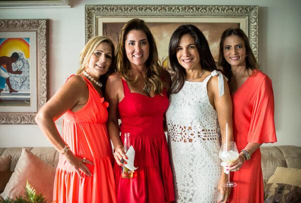 Ana Vládia Sales celebra aniversário em almoço intimista com as amigas