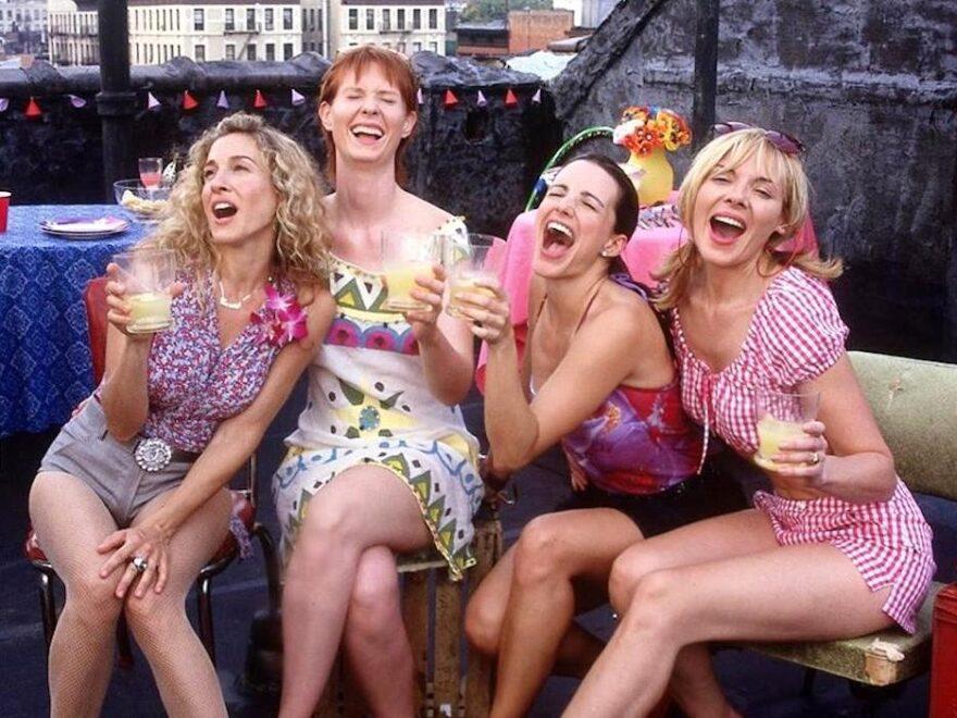 'Sex and the City' terá nova temporada pela HBO; relembre momentos e looks icônicos da série