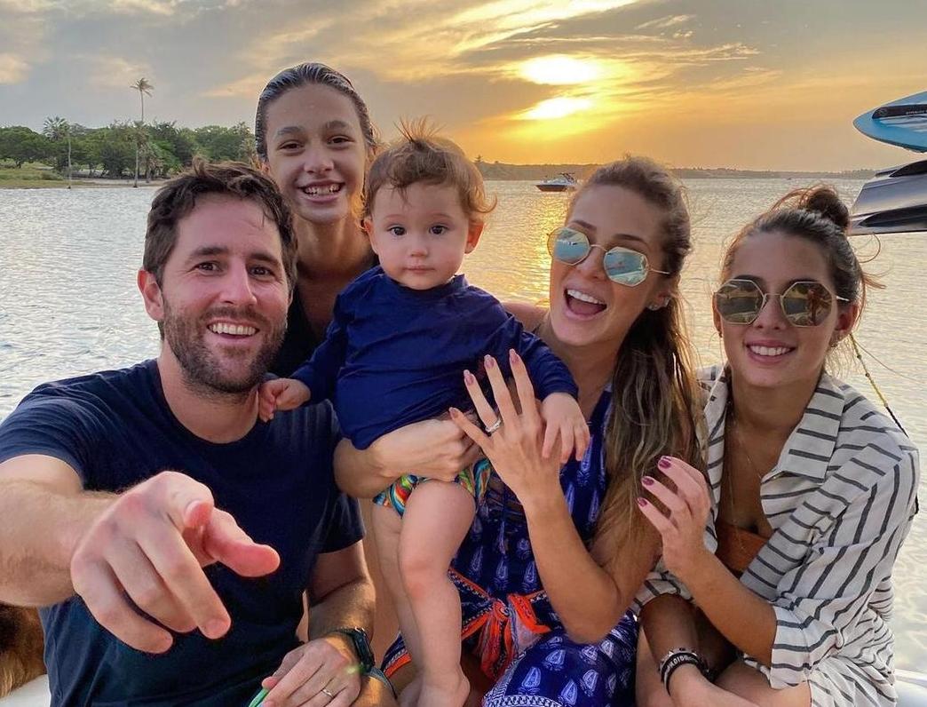 Filho de Maria Clara Quinderé e David Queirós Rodrigues celebra primeiro ano de vida
