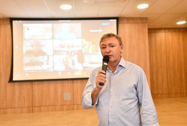 Maurício Filizola defende diálogo para atravessar a pandemia durante encontro da Fecomércio