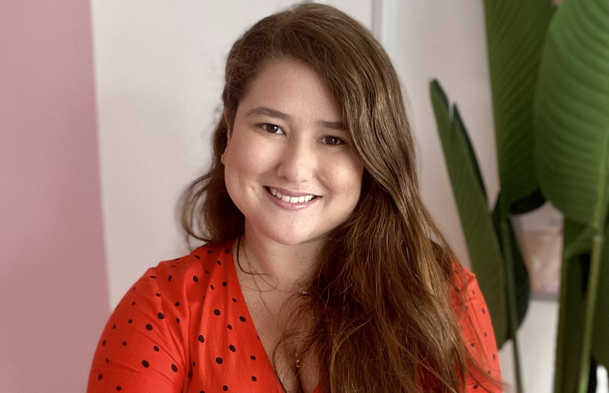 Rayssa Thomaz promove curso online sobre estratégias do marketing de moda