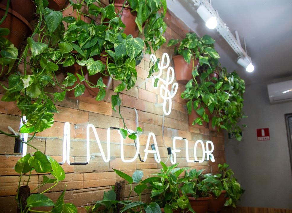 Casa Linda Flor faz delivery de itens de beleza com frete grátis