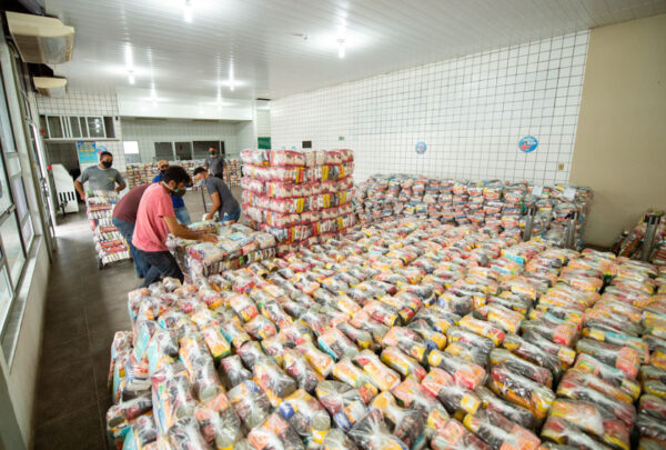 Campanha solidária da Fiec bate meta inicial e projeta arrecadar mais alimentos