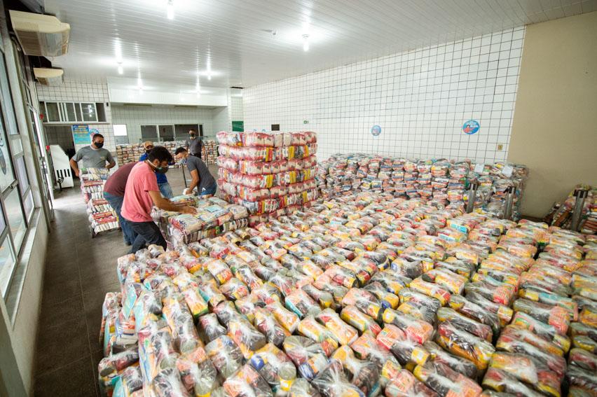Campanha da Fiec arrecada 20 mil cestas básicas em menos de dois meses