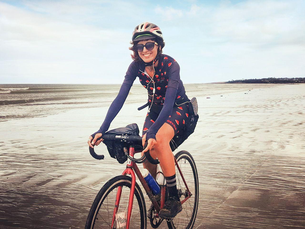 Andréa Bezz conta o que aprendeu viajando de bike pelo Interior do Ceará