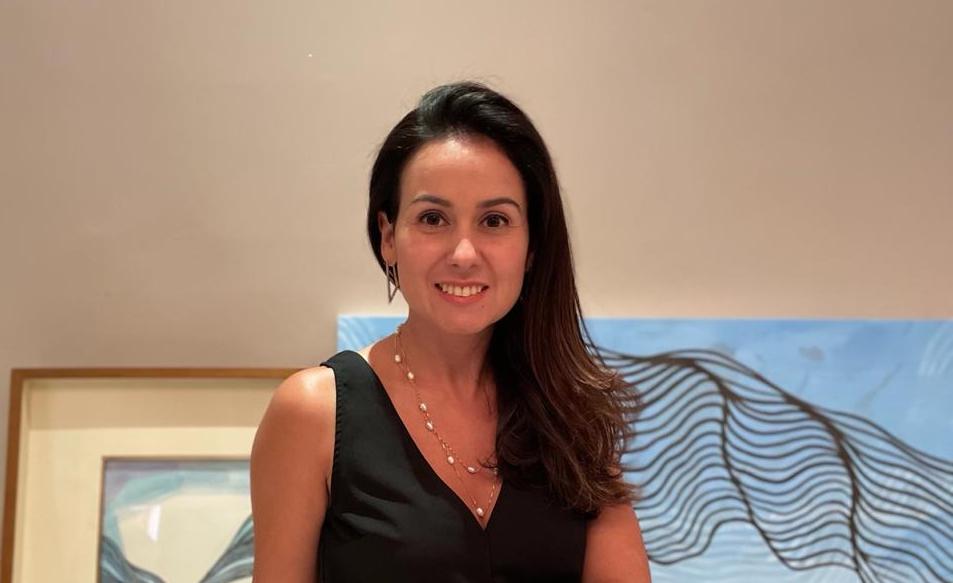 Claudiana Loureiro desponta como artista visual e já expõe em Portugal