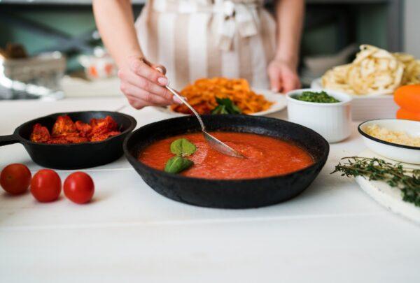 Vignoli lança pastifício para que clientes preparem receitas em casa