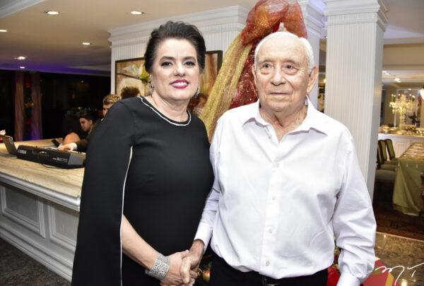 Adauto Bezerra recebe homenagens virtuais de autoridades