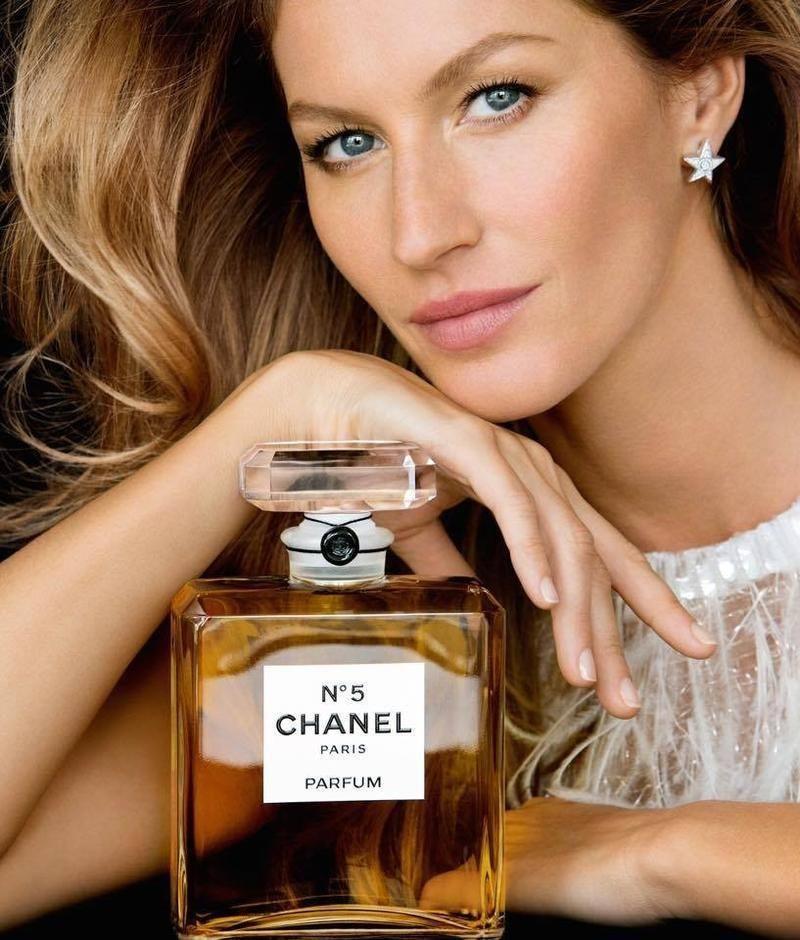 Chanel N°5 completa 100 anos; conheça a história do perfume icônico