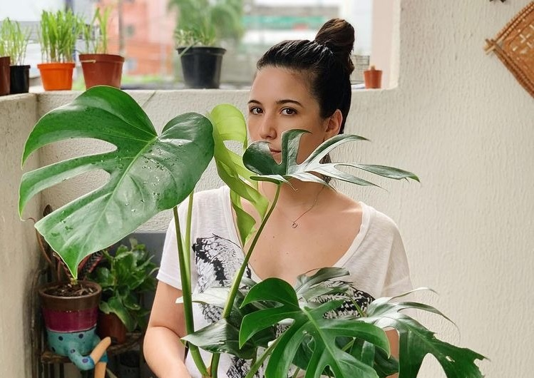 Érika Neves revela como usa plantas na decoração de casa