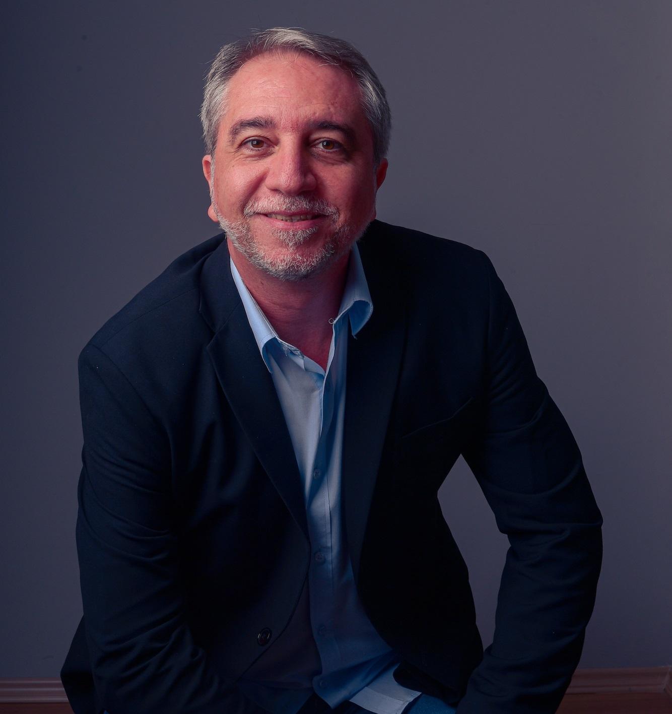 Mauro Costa relembra os 25 anos de história da agência AD2M