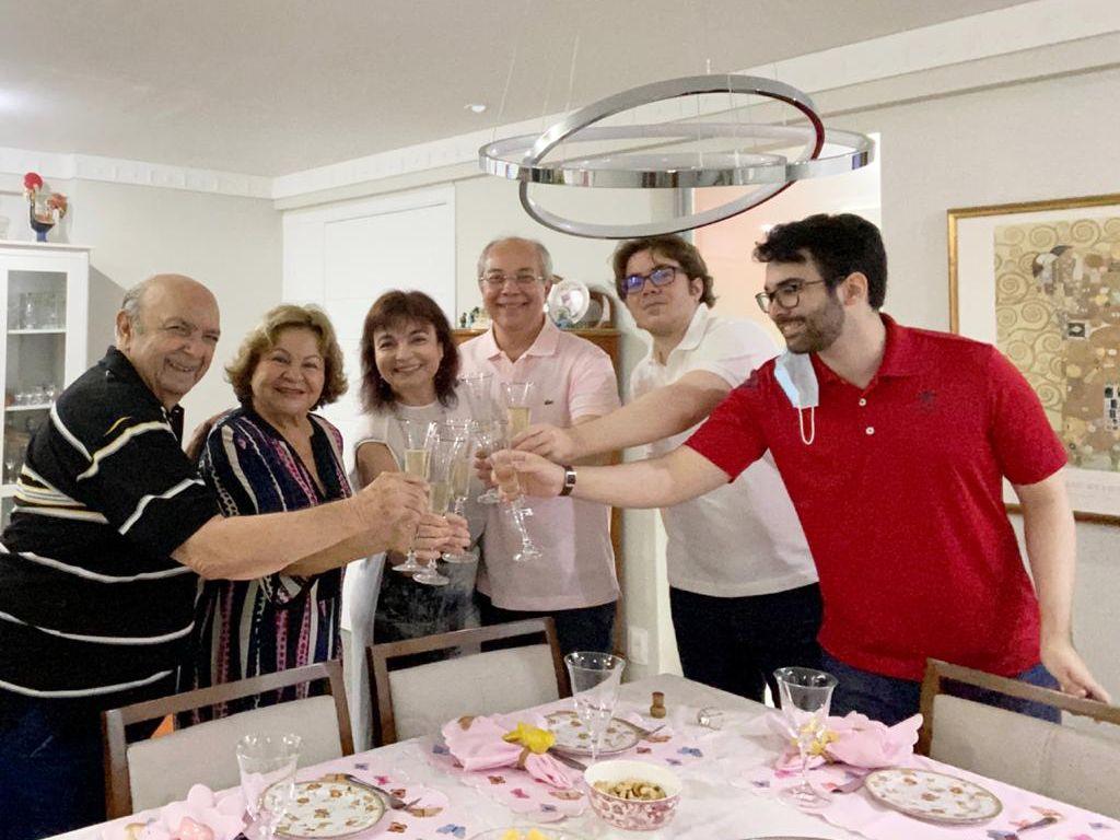 Christiane e Robério Leite comemoram Bodas de Crizo