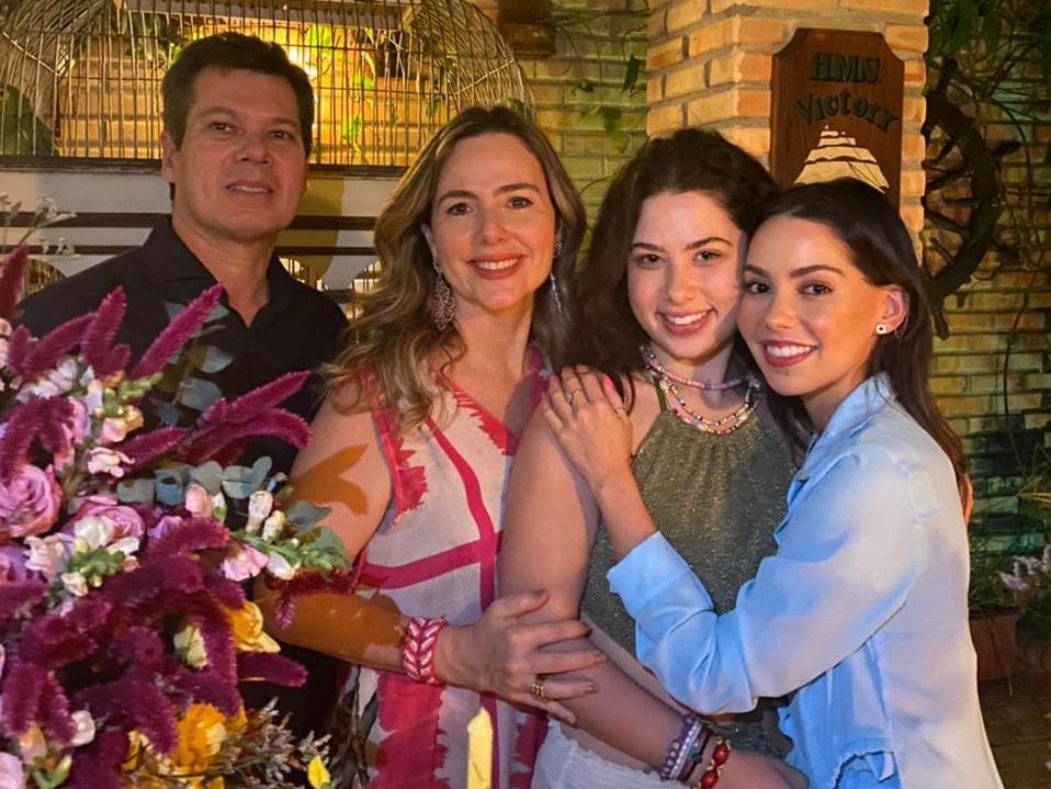 Marcela Dias Branco comemora 19 anos no Fortim
