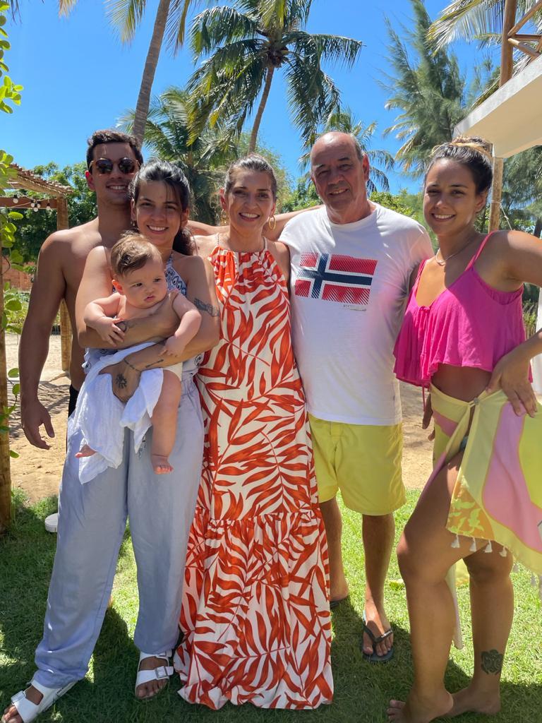 Fernando Travessoni celebra aniversário com a família em Moitas; veja fotos