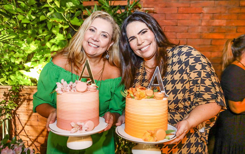 Andréa Delfino e Andréa Rios ganham aniversário das amigas