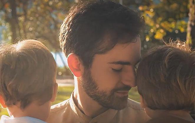 Thales Bretas, viúvo de Paulo Gustavo, estrela campanha de Dia dos Pais da Natura; confira vídeo