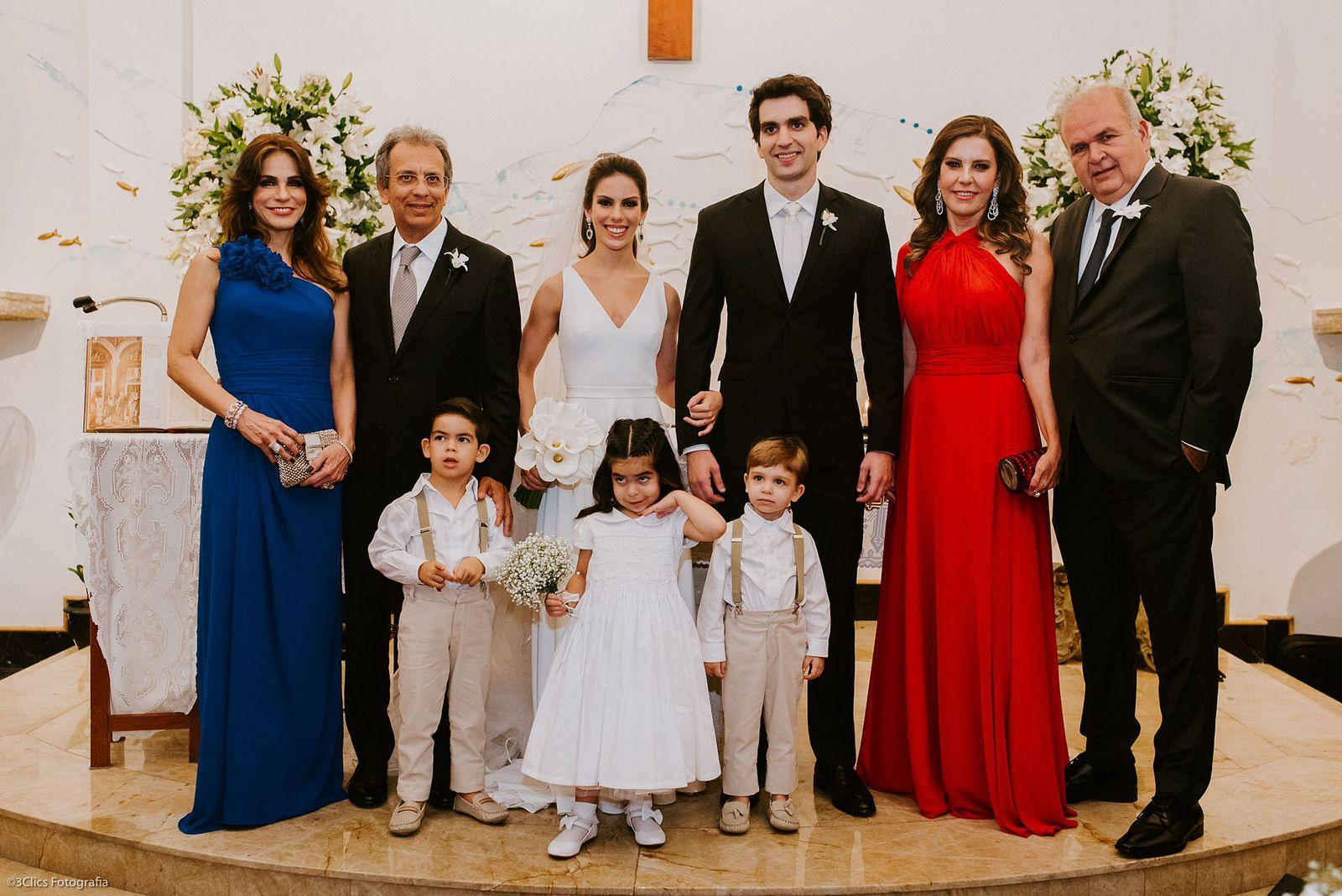 Manuela Rolim e Raphael Nogueira selam a união
