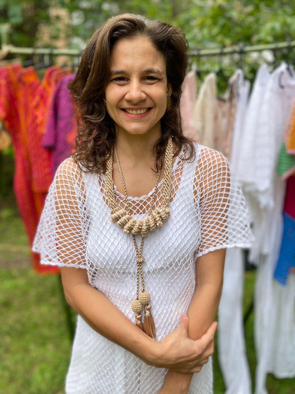Catarina Mina estreia na fashion week de Milão com projeto 'Olê Rendeiras'; assista ao vídeo
