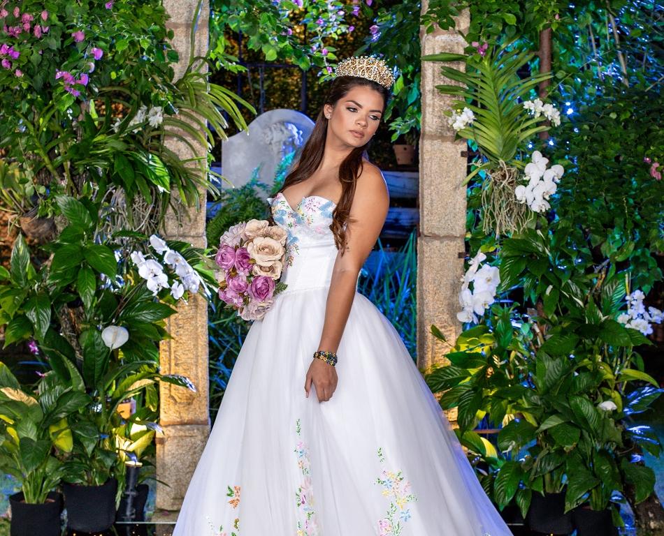 Jolies Maries lança nova coleção de vestidos de noiva; confira o fashion film