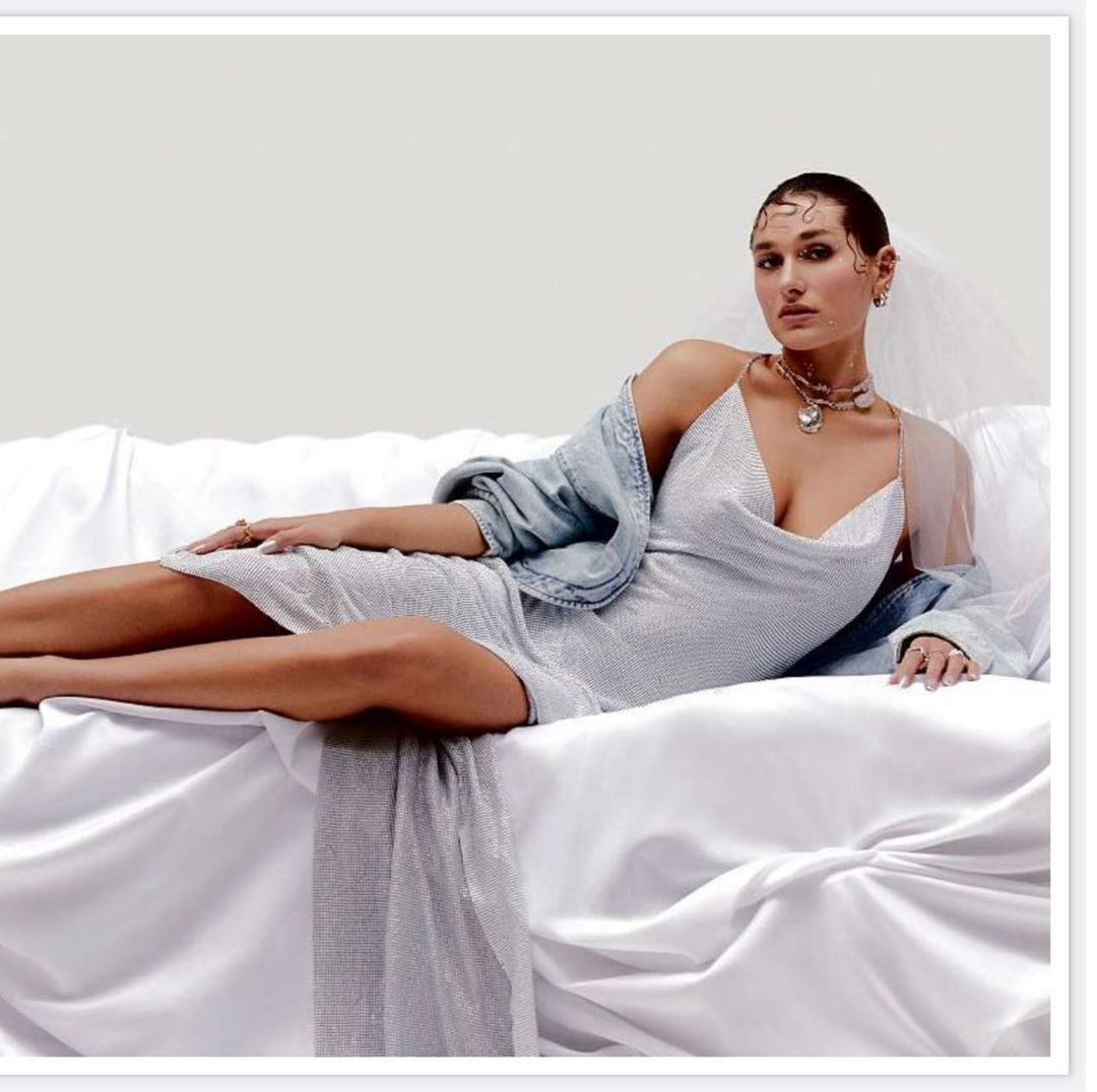 Theresa Montenegro lança linha de noivas  com vestido em campanha da Vogue
