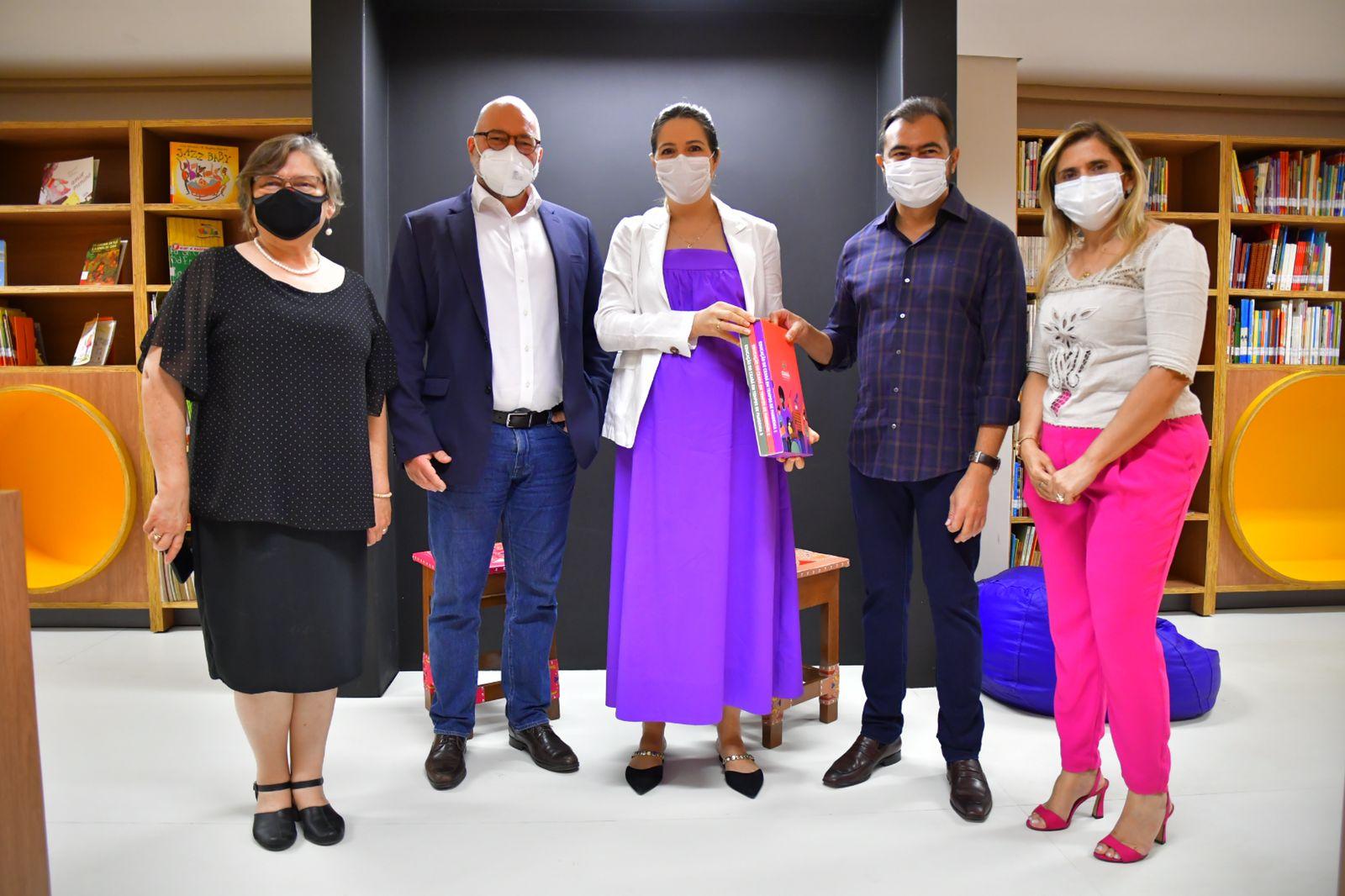 Seduc lança coleção de livros sobre a educação durante a pandemia
